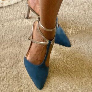 Suede blue and metallic heels